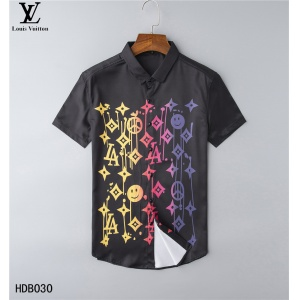 $32.00,2020 Cheap Louis Vuitton Short Sleeve Shirts For Men in 223869